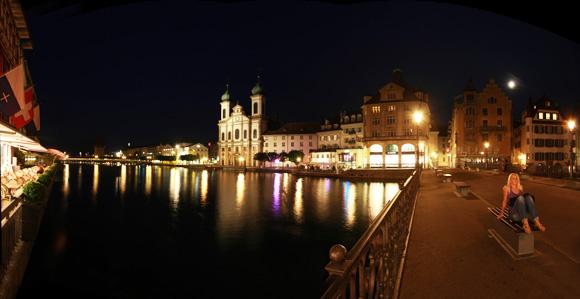 Panorama von der Reussbrücke