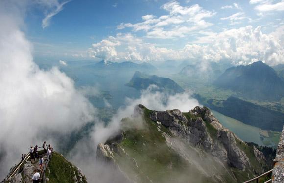 Blick auf den Vierwaldstätter See vom Gipfel des Pilatus