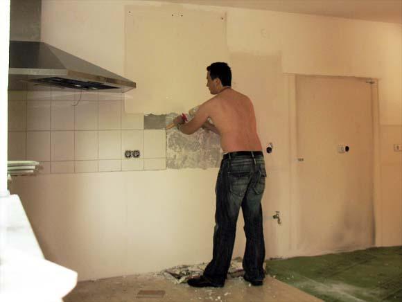 stefan 39 s weblog blog archiv k chenfliesen entfernen erste g ste und pooleinweihung. Black Bedroom Furniture Sets. Home Design Ideas
